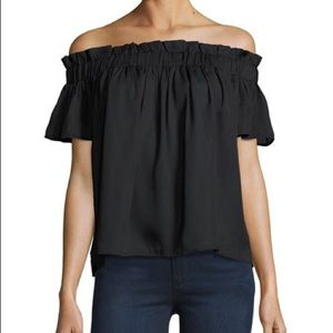 Lucca Couture First the shoulder blouse